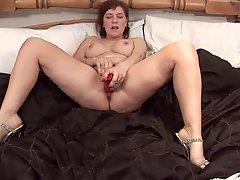Mature Woman Masturbation