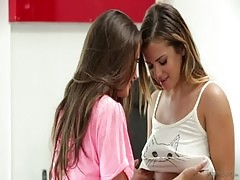 Lisa Ann Keisha Grey And Allie Haze At Mommy&#039 S Girl