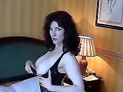 Sexy UK Milf Playing 1