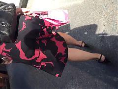 White Big Booty Milf Jiggling In Skirt