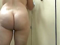 Chubby MILFs in the gym shower