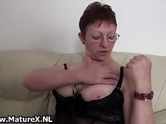 Old Mom Wears A Sexy Underwear And Showing Her Big Matu