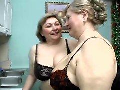 Ladies Show All 32