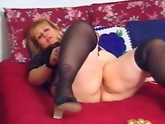 Fat Assed BBW Removes Panties For Fucking