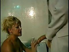 Donna D Errico Adorabile Sporcacciona