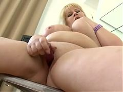Fattie young girl show