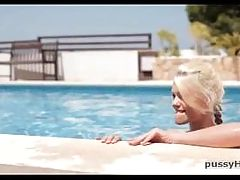 Teen lesbians pussy massage HD