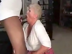 White Granny Makes A Good Fellatio To Black Cock
