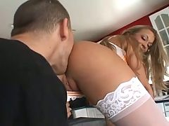 Cute Jamie Elle Begs To Be Double Penetrated