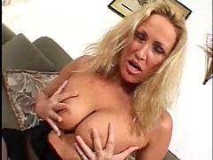 Cougar Likes To Feel Her Ass Pounded F70