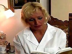L'infermiera Full Movie The Nurse