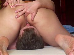 Horny Bbw Facesittting Smothering Him With Her Pussy