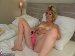 Oldnanny Hot Teen Suprise Granny With Toy In Bed