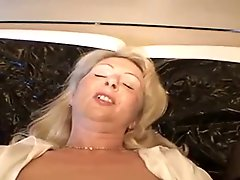German mature loves anal