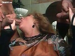 Marina Lotar Manya Calda pioggia di sesso