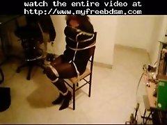 Marcia atada a una silla bdsm bondage slave femdom domi