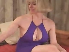 Mature Blonde Masturbating on Cam