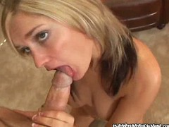 Mature seductive milf blows cock