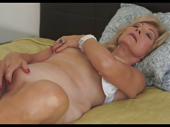 Lusty Granny 58yrs