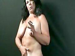 Hot Mama Smokes And Dances