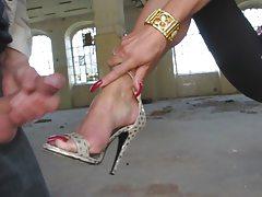 Cum On Her Feet With High Heels
