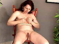 Masturbation Mature Squirts daddi