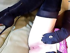 MILF In Louboutin Thigh Boots Orders A Room Service Cock 720p