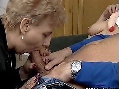 Nasty Mature Sluts Go Crazy Sharing An Hard Cock In A 3