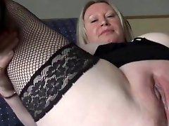 Sexy mom