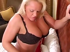 Two hot MILFs share BBC