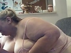 Cam show for her site pt 4