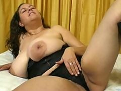 DENISE DAVIES FINGERING AND FUCKING