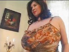 Mother caught wanking 2011 10 24