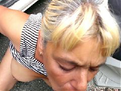 Mature woman loves anal sex